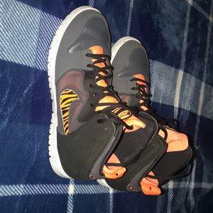 11.5. Nike Dunk Free Guangzhou Tiger Basketball